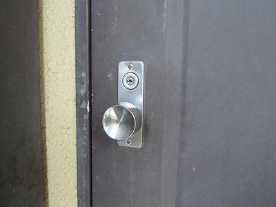 マンション_玄関の鍵
