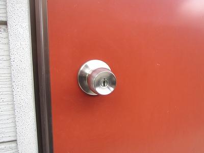 アパートの鍵交換(ドアノブ交換)