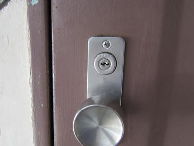 団地 玄関の鍵