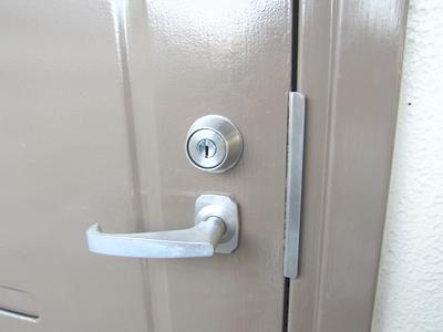 マンション 玄関の鍵