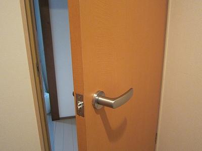 室内ドア 鍵付きに交換