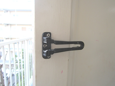 玄関ドアバー 交換前